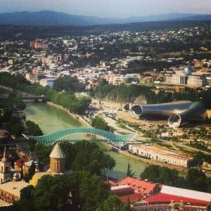 Тбилиси. Вид с канатной дорожки.